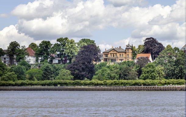 Blick auf die Villa Schröder in Bremen-Vegesack