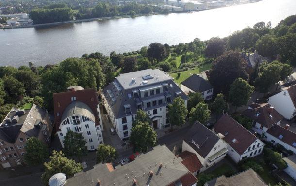 Hier sehen Sie ein Luftbild unseres M-Projekts der Villa Bellevue in Bremen-Vegesack.